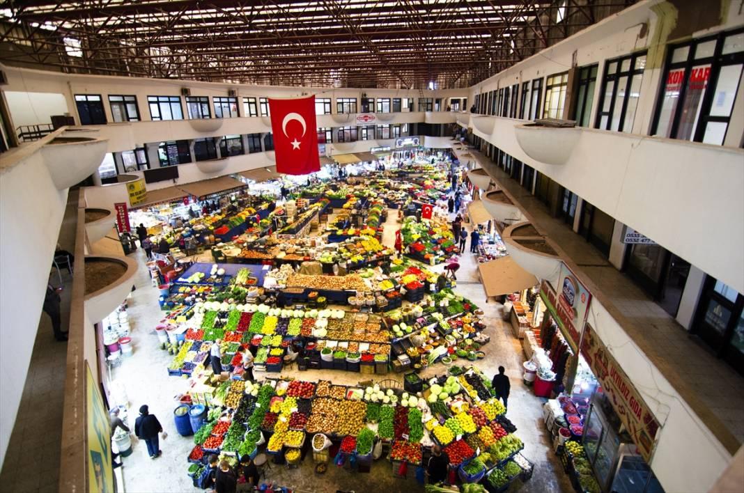 Konya'da rengarenk tezgahlarıyla asırlık Kadınlar Pazarı'na sonbahar uğramadı 5