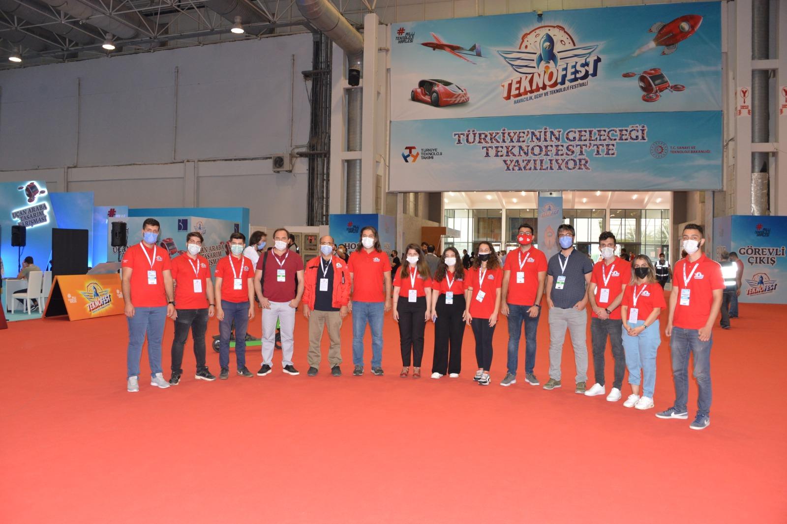 selcuk-universitesi-teknofest-2020de-19-takimla-yaristi-4-1.jpg